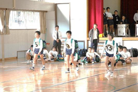大宇陀町立野依小学校で通学リュックのテスト