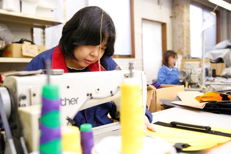 ミシンで縫製